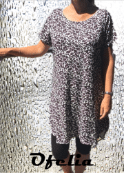 OFELIA Rie viscose kjole. Sort/blomme print
