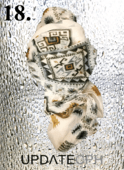 UPDATECPH Viscosetørklæde. Nr. 18