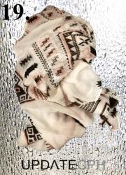 UPDATECPH Viscosetørklæde. Nr. 19